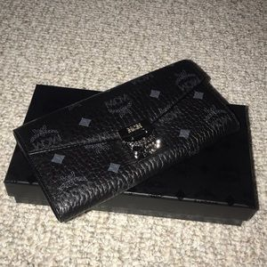 Authentic MCM Flap Wallet / Two-Fold